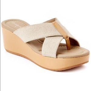 NWOB Donald J Pliner Shina Flip Flop Wedge Sandals
